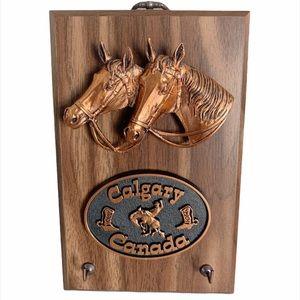 2/$25🌸 Vintage A&E Calgary Horses Wood Plaque